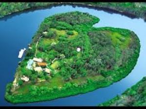 بالفيديو: شاهد أجمل 10 جزر في العالم