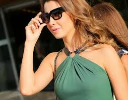 احدث صورة النجمة اللبنانية نانسي عجرم تحتفل بأحد معجبيها 2014 ، احدث صور نانسى عجرم image.php?token=1543ee34ac35cedfe29dd2635a0db4f5&size=