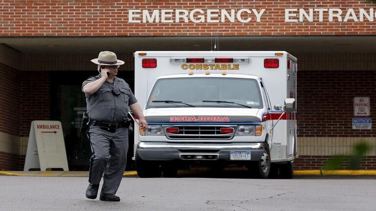 ممرضة سرقت مصابا بكورونا صارع الموت في نيويورك
