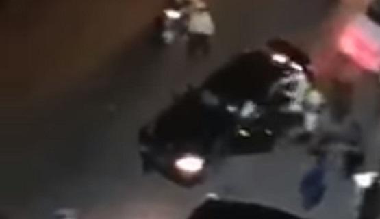 سوريا ..  سائق يدهس المارة ويصدم 5 سيارات و 3 دراجات للشرطة - فيديو