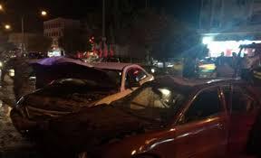 اصابة 5 اشخاص اثر حادث تصادم على اشارة خو في الزرقاء