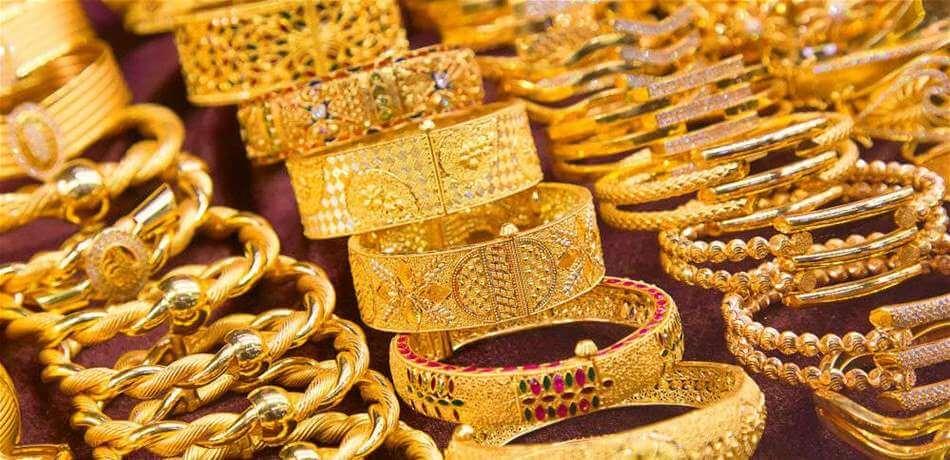 الذهب يستقر وسط ارتفاع الأسهم ورهانات خفض الفائدة