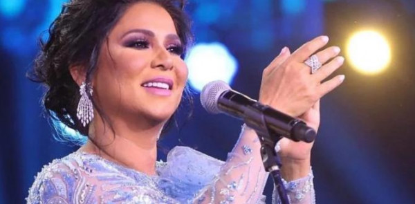 بالصورة - الشقيقة الكبرى لنوال الكويتية تشعل المواقع بجمالها ..  هل تفوقت عليها؟