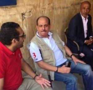 """وزير الشباب الوريكات يرتدي الجينز و الـ""""تي شيرت"""" ويقول : """"المسؤول اللي بده يعمل شيخ يقعد بالدار"""""""