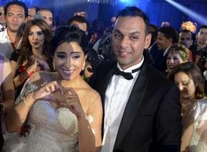 """آيتن عامر تظهر لأول مرة بعد الزفاف .. وتنشر صورة من """"شهر العسل"""""""