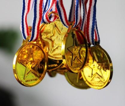 8 ميداليات ذهبية للأردن حصيلة البطولة العربية للمبارزة