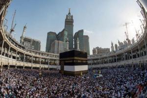السعودية توقف إصدار تأشيرات العمرة للموسم الحالي نهائيًّا