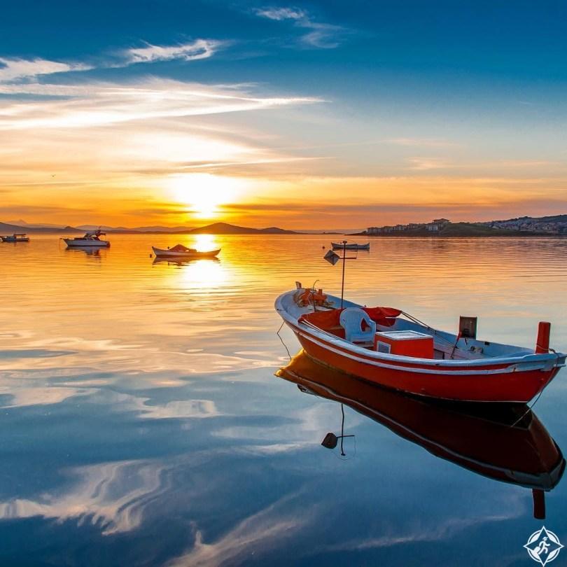 بالصور .. أفضل التجارب السياحية في جزيرة ليسبوس اليونانية