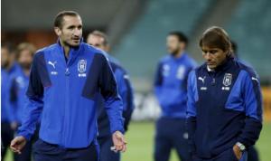 منتخب إيطاليا يتطلع الى حجز مقعده في يورو 2016