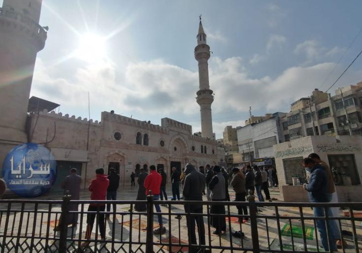 """وزير الأوقاف يًعلن ساعة رفع الحظر لأداء """"صلاة الجمعة"""""""