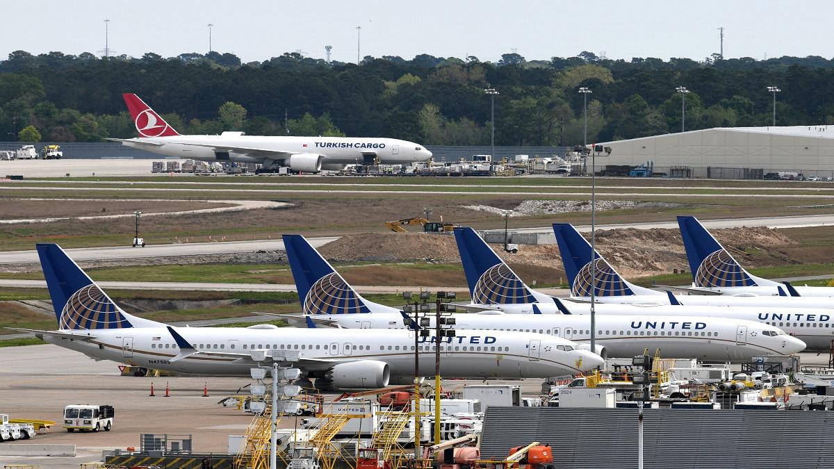 توقعات بخسارة شركات الطيران حوالي 5 مليارات دولار بسبب كورونا