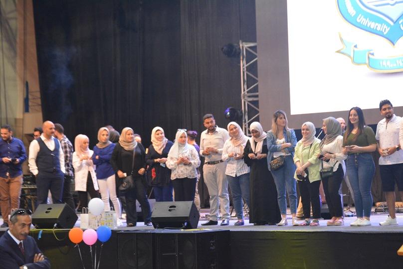 """جامعتنا بتجمعنا  ..  كرنفال احتفالي بهيج في اللقاء الثاني لخريجي جامعة عمان الأهلية """"صور"""""""