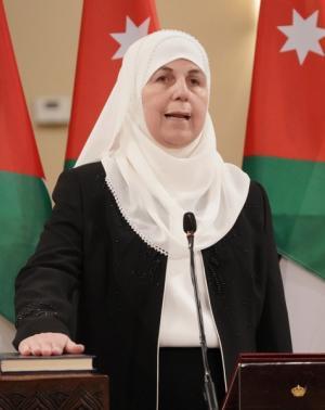 وزيرة التنمية إسحاقات: تحويل معونات أهالي الرويشد إلكترونياً أيار المقبل