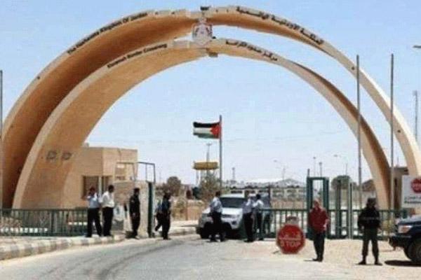 الخصاونة :عبور 40 شاحنه يوميا الى العراق  .. والاستقرار الامني ينعش حركة الشحن