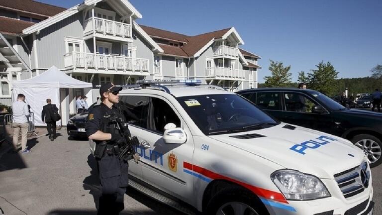 الشرطة النرويجية: مقتل عدد من الأشخاص وإصابة آخرين في هجمات في بلدة كونغسبرغ واعتقال مشتبه به