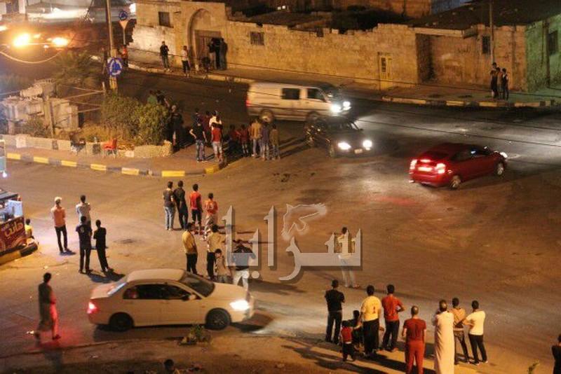 بارحة إربد : أعمال شغب وإصابة شاب على خلفية جريمة قتل