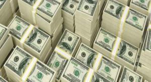 كيف تحولت ١٣ دولارا إلى نصف مليون في يد امرأة بريطانية