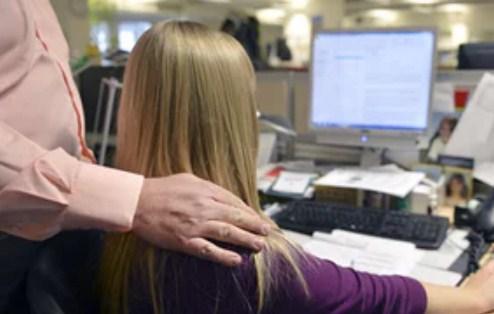 القبض على شاب يستغل الفتيات  و يستدرجهن عن طريق اعلان توظيف  ..  تفاصيل