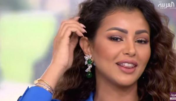 مذيعة العربية ترتدي حلق نادر بـ1.5 مليون دولار على الهواء