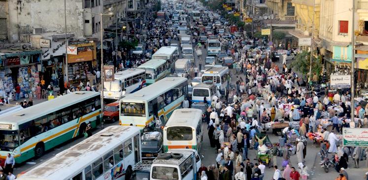 كيف نجحت سوزان مبارك بتقليل نسب إنجاب المصريين؟