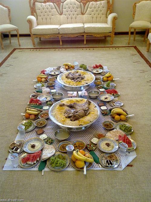 ما هي القواعد الأساسية لولائم ودعوات رمضان