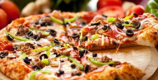 طريقة عمل عجينة البيتزا  ..  تعرفى أسهل طريقة لإعدادها