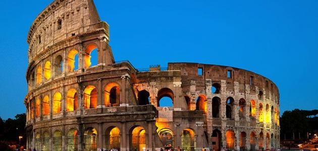 لماذا يجب أن تسافر إلى روما