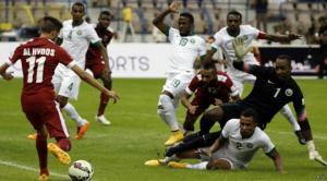 """بالفيديو : قطر تهزم السعودية وتظفر بلقب """"خليجي 22"""" للمرة الثالثة"""