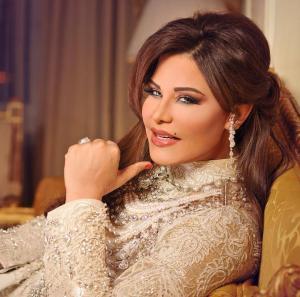 فنانون وسياسيون في حفل أحلام بالقاهرة