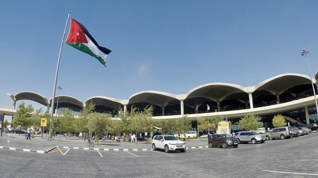 وزير النقل يعلق على إعلان شركات طيران تواريخ رحلاتها إلى عمّان  ..  تفاصيل
