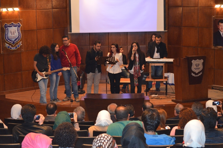 جامعة عمان الأهلية تحتفل بالطلبة المستجدين