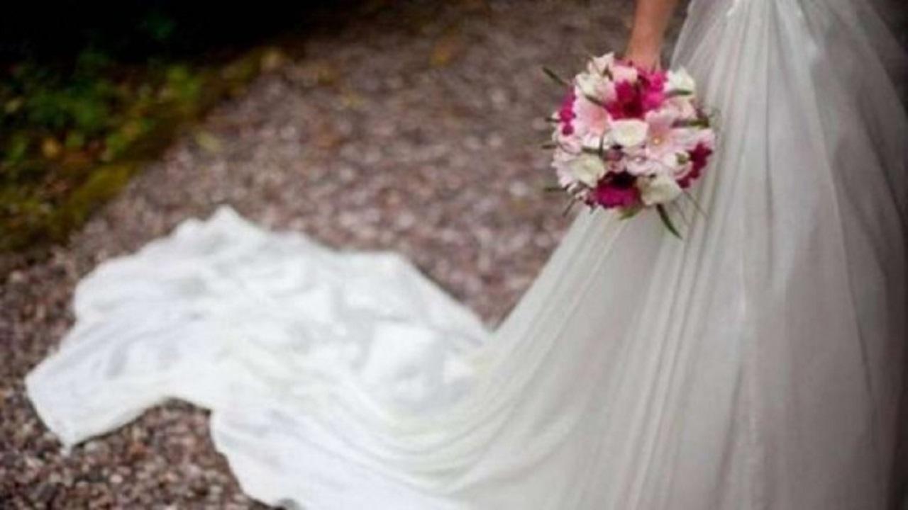 """عروس مصرية تنجو من موت محقق ووفاة """"الكوافيرة"""""""