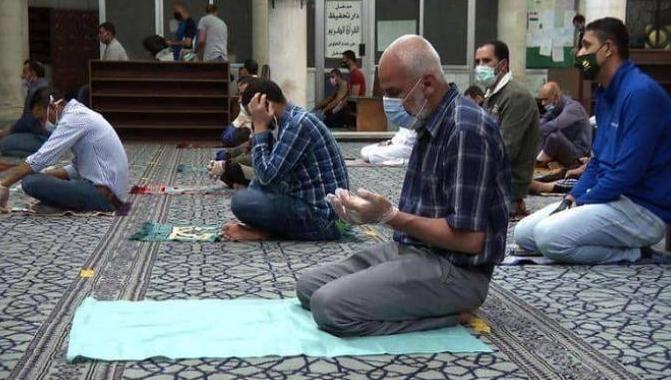 """الأوقاف تُعلن عن """"وقت"""" رفع الحظر لأداء صلاة الجمعة"""
