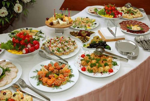 وجبة من مطعم شهير تتسبب في طلاق امرأة متزوجة حديثاً