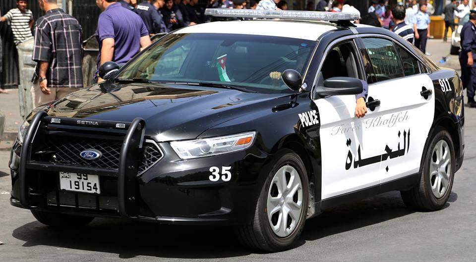 """عمان :  خبراء متفجرات يمشطون """"مجمع الشمال"""" بعد تبليغ عن زرع قنبلة فيه"""