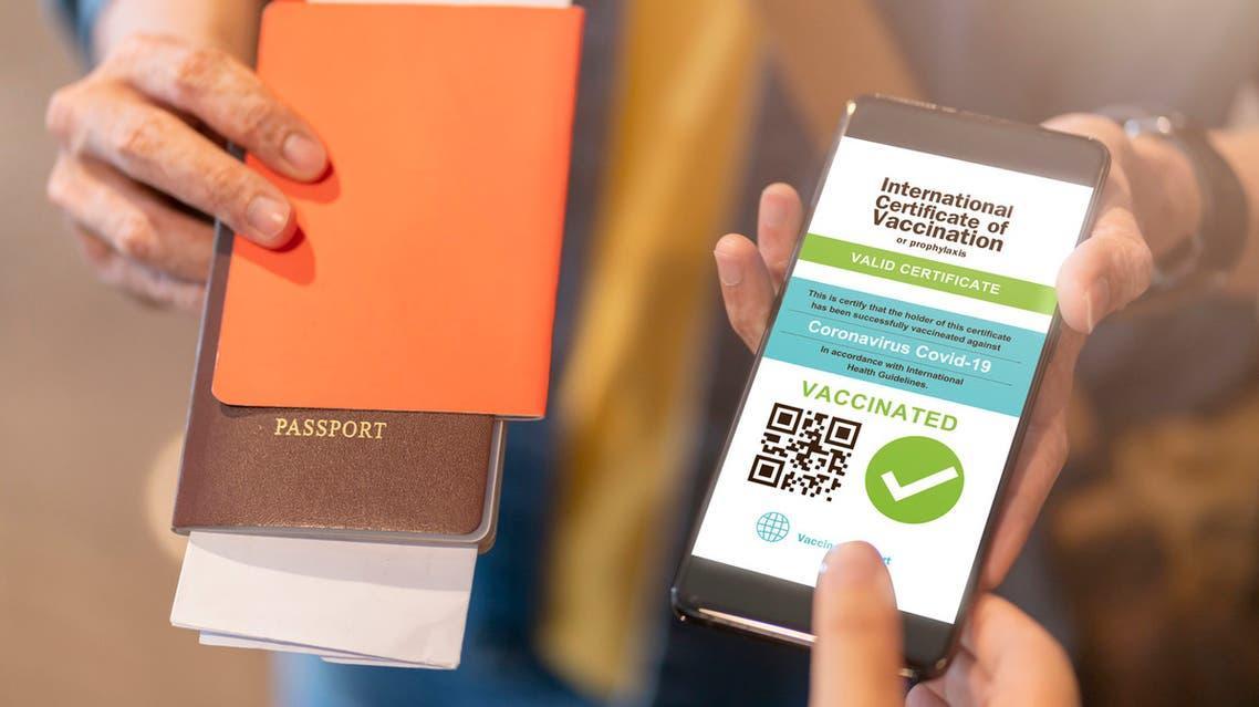 كيف تعمل جوازات سفر كورونا حول العالم؟