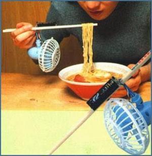 اختراعات مضحكة: مروحة لتبريد المعكرونة في اليابان