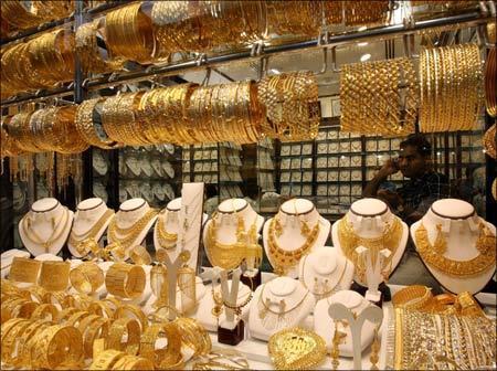 الذهب يرتفع 50 قرشاً للغرام بالسوق المحلي