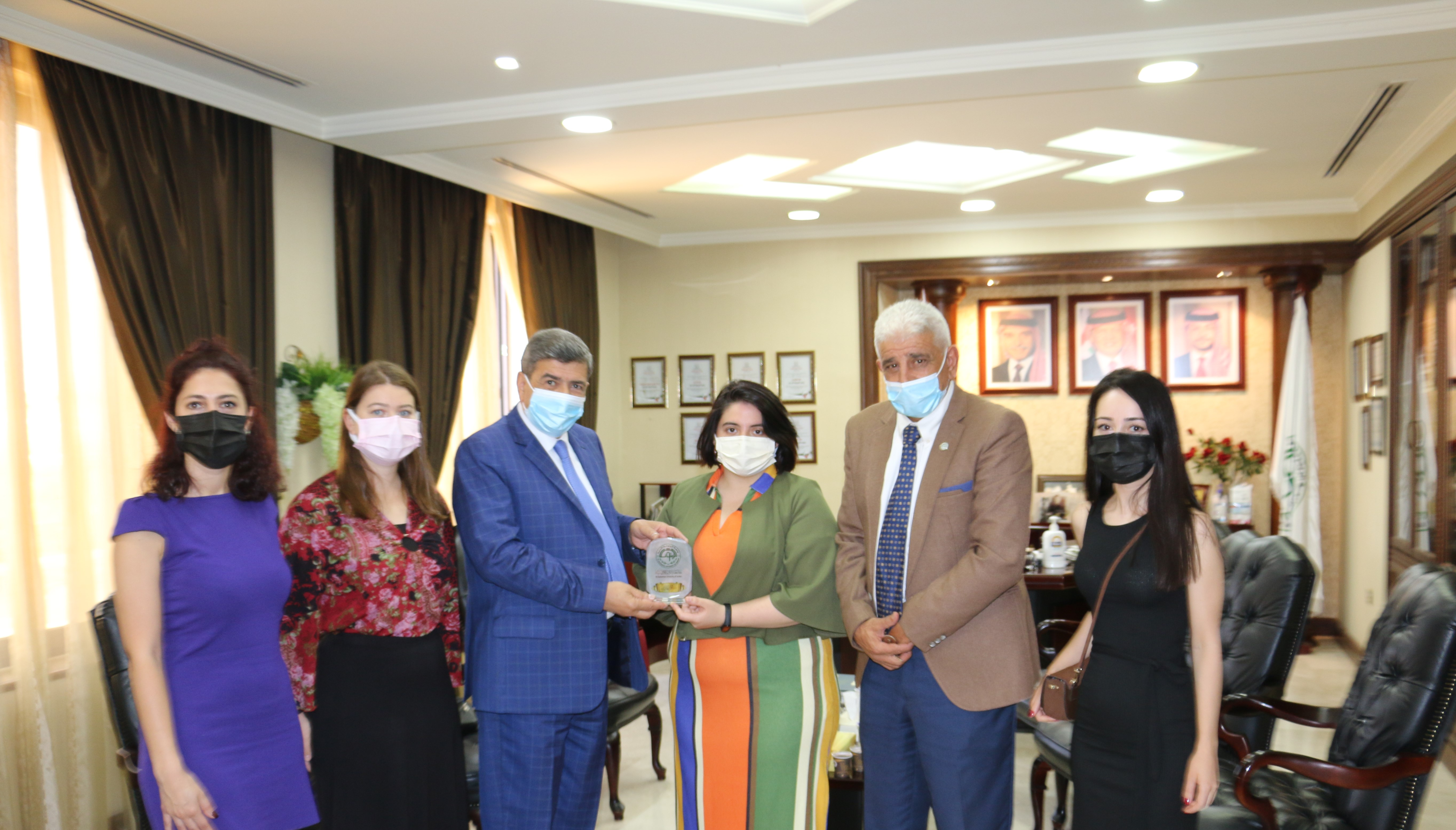 جامعة الزيتونة الأردنية تبحث التعاون مع جامعة التن باش التركية