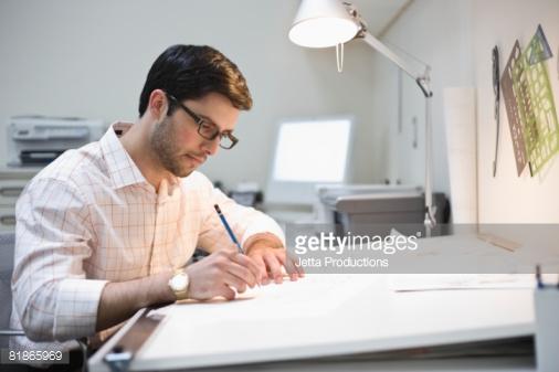 مطلوب لكبرى الجهات بالخليج  رسام اوتوكاد للالمنيوم (drafting man)