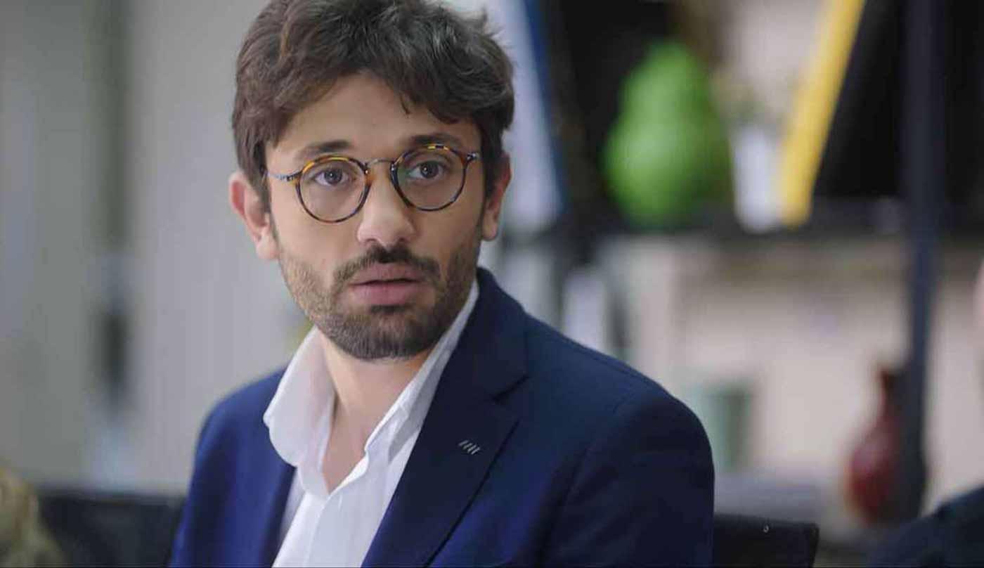 بالفيديو والصور  ..  كريم محمود عبد العزيز يثير القلق حول وضعه الصحي: أزمة تنفسية