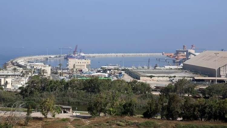 إسرائيل تعلن عن ضبط شحنة من الأزياء العسكرية كانت في طريقها إلى قطاع غزة