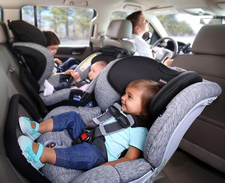 تعرف على أهمية مقاعد الأطفال في السيارة