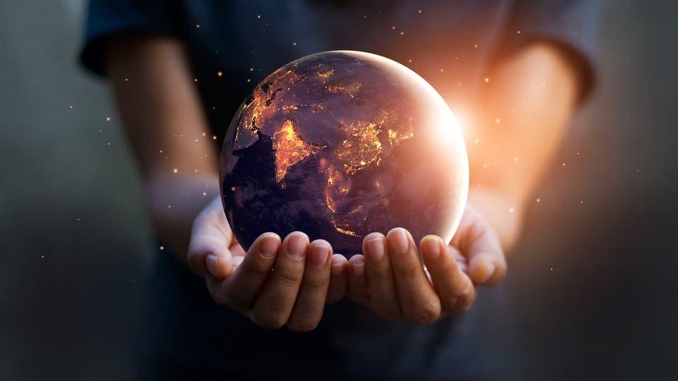 دراسة مفاجئة و أنباء سارة للبيئة  ..  انقلاب هرم أعمار سكان الأرض في 2100  ..  تفاصيل