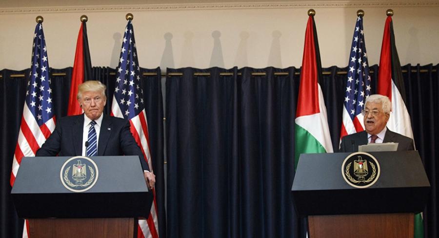 هكذا يحاول ترامب إجبار عباس على القبول بصفقة القرن !