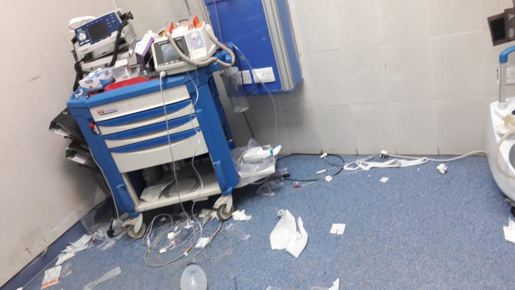 """مجهول يعتدي على الكادر الطبي في """"الزرقاء الحكومي"""" .. ومدير المستشفى يروي لسرايا حقيقة ما حدث   ..  """"تفاصيل"""""""