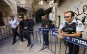 بالاسماء: الاحتلال يعتقل 6 من حراس المسجد الاقصى التابعين لوزارة الاوقاف
