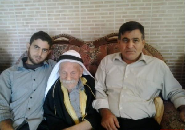 رجب الفلسطيني  ..  اكبر معمر في العالم عمره 125 عام وله 300 حفيد  ..  صور