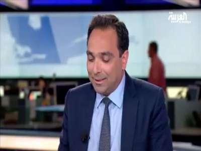 بالفيديو  ..  عطسة هزت ستديو العربية