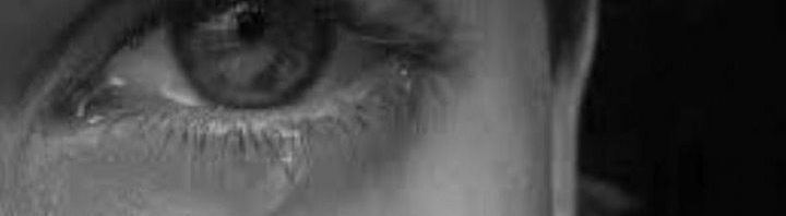 تفسير رؤية بكاء الميت في المنام